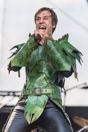 mom gloryhammer